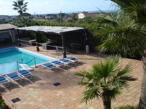 Piscina Villa Carlo Resort